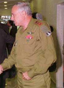 Амнон Липкин-Шахак, израильская разведка Аман