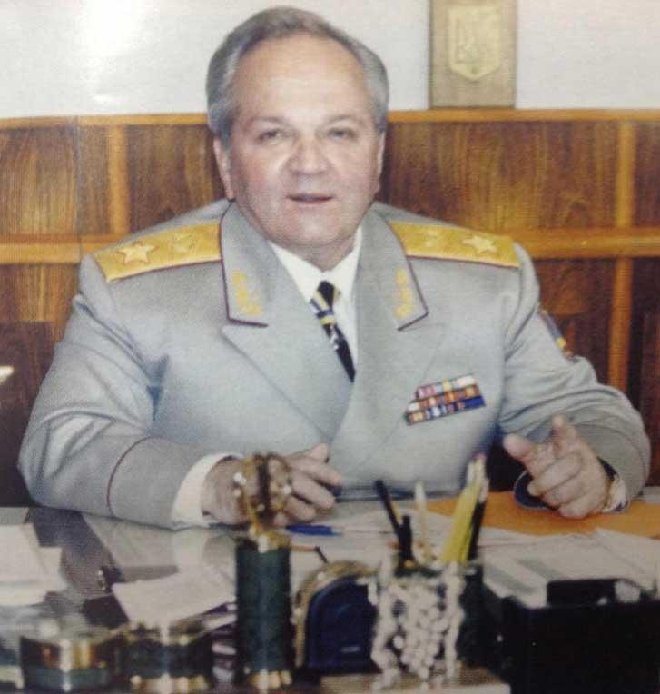 генерал армии Украины Леонид Деркач