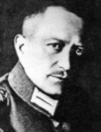 Вальтер Николаи