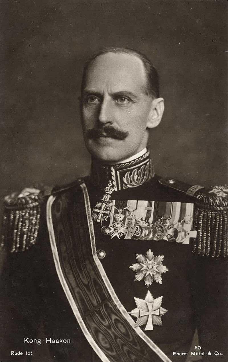 король Хокон VII