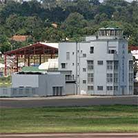 Старый терминал аэропорта в Энтеббе